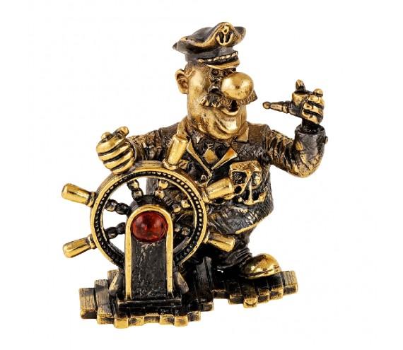 Капитан у штурвала без подставки