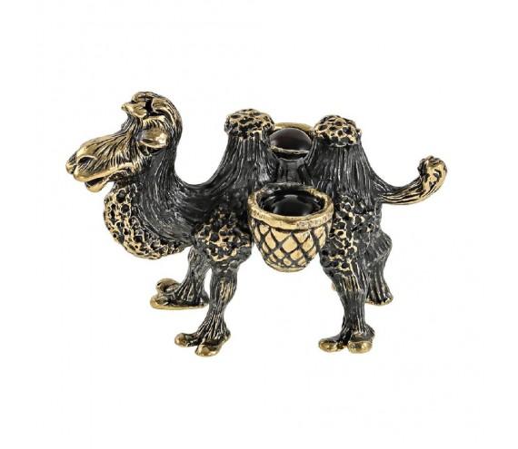 Верблюд малыш с поклажей без подставки