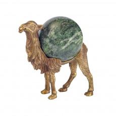 Верблюд (стоит)