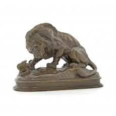 Лев, убивающий змею (Антуан-Луи Бари, копия)